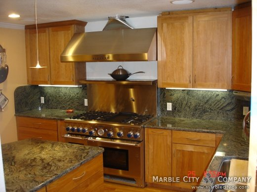 Green Colored Kitchen Countertops : Ita green granite kitchen pictures countertops
